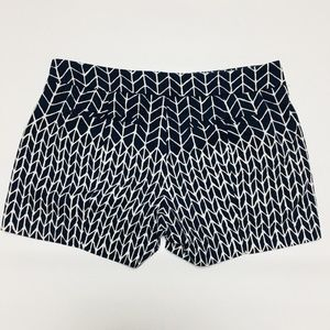 Gap Navy White Pattern Shorts Size 00 Flat Front